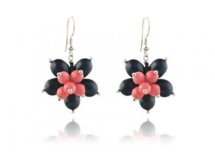 Cercei floare perle de cultura negre si coral roz