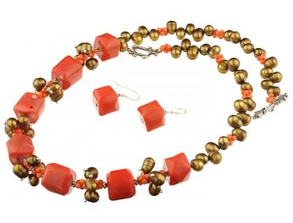 Set coral portocaliu si perle de cultura maro