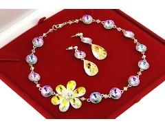 Set asimetric cu floare din cristale Swarovski si argint