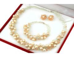 Set crosetat din perle naturale crem, cristale Swarovski si argint