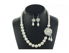 Set perle albe de Mallorca, Swarovski Crystal AB si argint