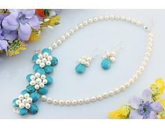 Set perle de cultura si flori turcoaz