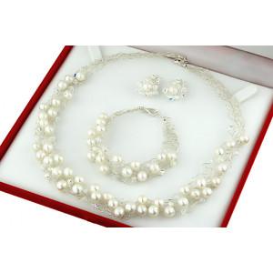 Set crosetat din perle naturale albe, cristale Swarovski si argint