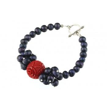 Bratara perle de cultura negre si coral rosu