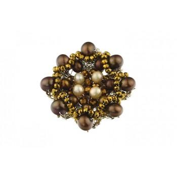 Brosa brodata din perle de cultura si cristale