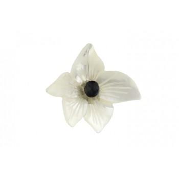Brosa floare sidef si onix