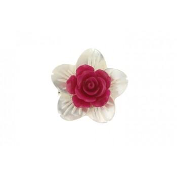 Brosa floare sidef si trandafir coral fucsia
