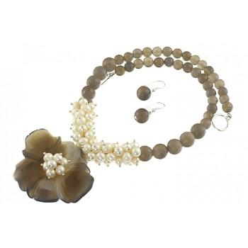 Set floare agat gri si perle de cultura albe