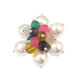 Brosa floare din perle si pietre semipretioase