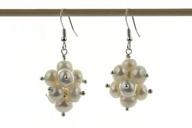 Cercei ciorchine din perle naturale albe