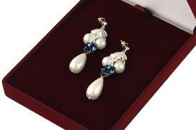 Cercei din cristale Swarovski si perle de Mallorca