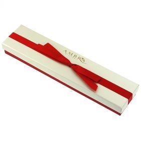 Cutie eleganta pentru bijuterii din carton alb sidefat