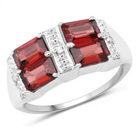 Inel din argint, granat octagonal si diamante