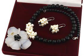Set unicat floare din agat, onix si perle naturale