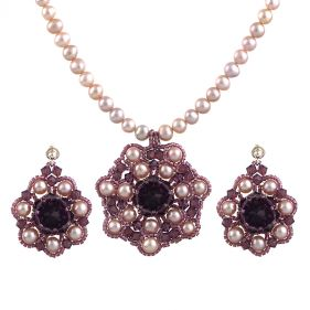 Set exclusivist din perle naturale si cristale Swarovski Cyclamen Opal