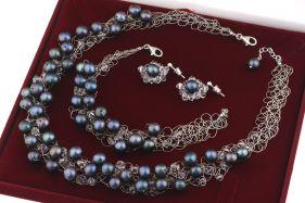 Set crosetat din perle naturale negre, cristale Swarovski si argint