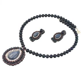 Set exclusivist din perle naturale, cyanit si cristale Swarovski