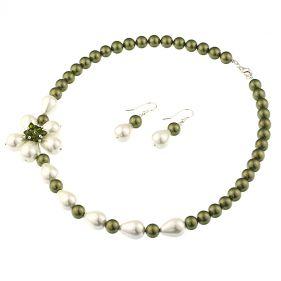 Set asimetric din perle de Mallorca si cristale Swarovski