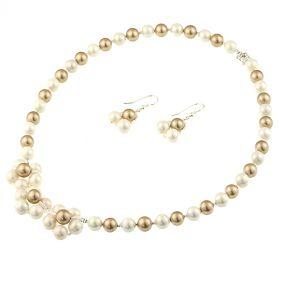 Set flori din perle de Mallorca aurii si albe