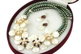 Set flori din sidef, perle naturale, granat si Swarovski