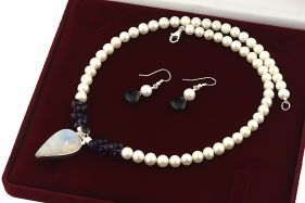 Set unicat piatra lunii, ametist, perle naturale si argint